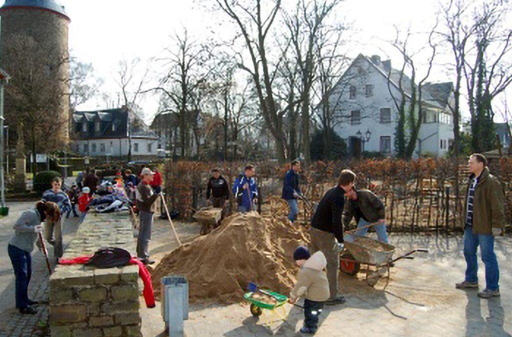 Frühjahrsputz und Gartenarbeitstag im Hof Raaf